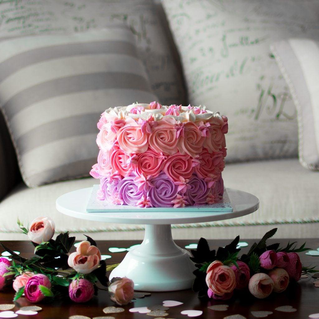 Cute kid's birthday cake by Ruwi's Cakes